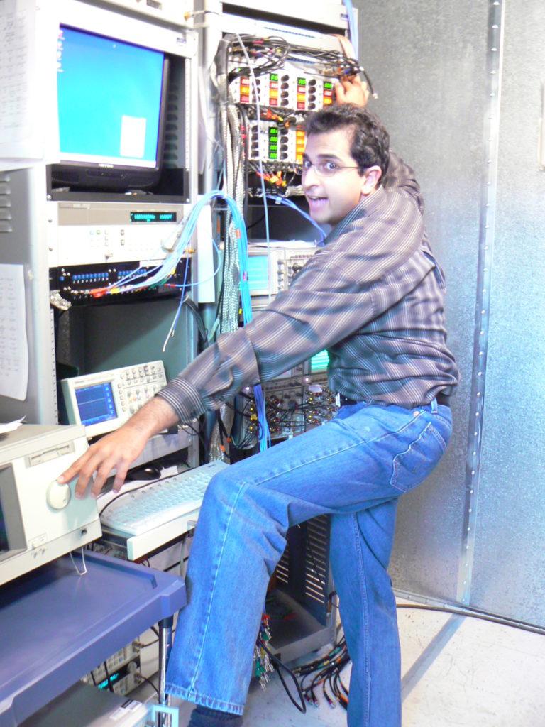 Lab Reaching Knobs